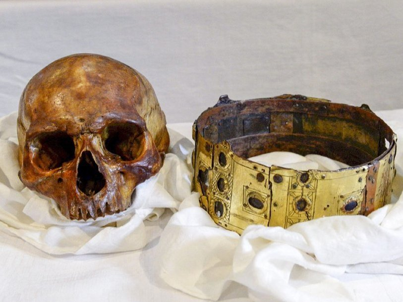 Skull-crown-king-Erik-Jedvardsson_1459548050.jpg.814x610_q85.jpg